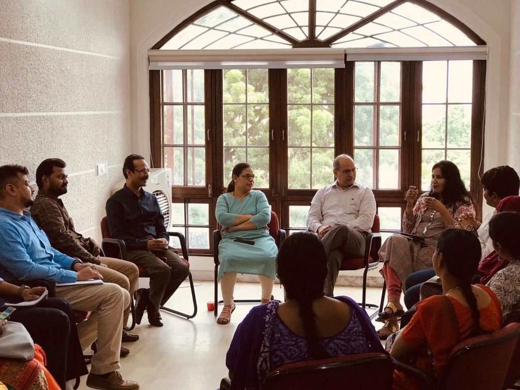 Meeting held to discuss how the doctor community can fight against Dengue by Dr. Srinivasa Rao @ Delphis on 18th Sept. with fellow homeopaths, Ms. Karuna Gopal, an Internationally acclaimed Thought Leader, Keynote Speaker and Advisor on Smart Cities; and team Accuprosys.
